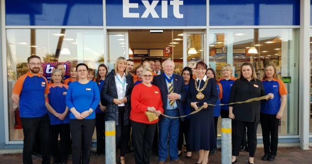 15 November 2018 - I opened a re-launched B&M store which is a welcome boost to the local economy.