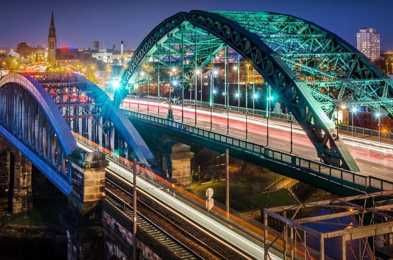 Wearmouth Bridge at night