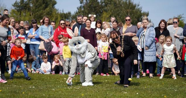 18 April 2019 - I officially opened the Sunderland annual egg rolling event at Herrington Country Park.