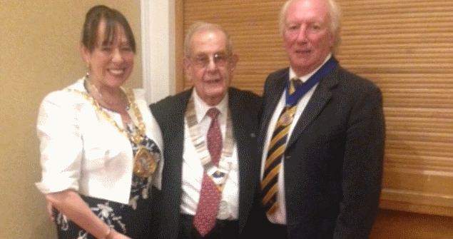 31 July 2018 - I met with members of the Seaburn Rotary Club where they kindly donated money to my Mayoral Charites.