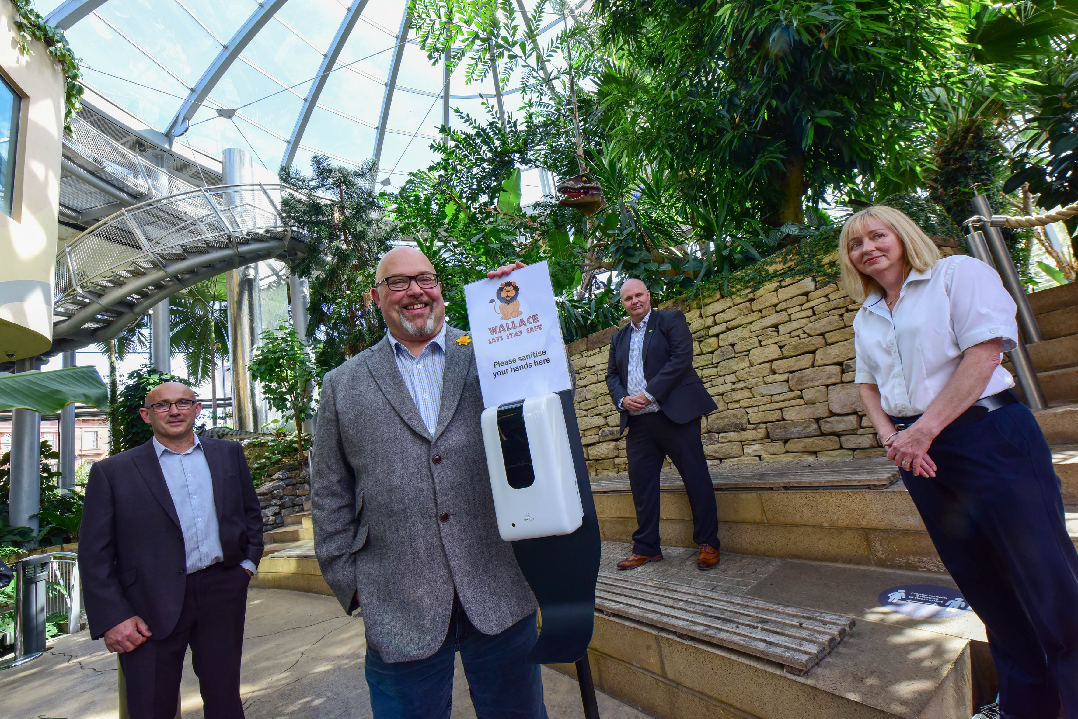 Council welcomes sanitizer donation image